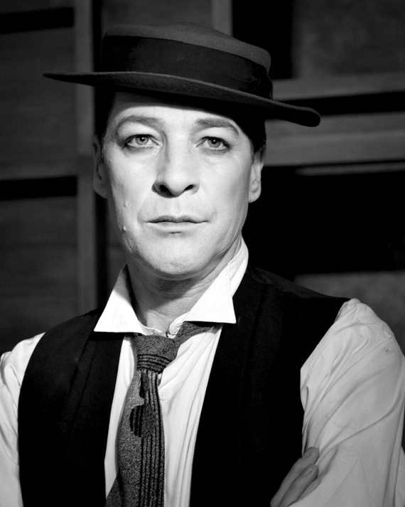 French Stewart as Bustor Keaton in Stoneface