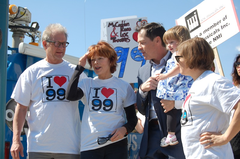 Jeff Perry, Frances Fisher, French Stewart (and unidentified woman) speak with reporters on Lankershim Blvd. at the beginning of the march on AEA headquarters.
