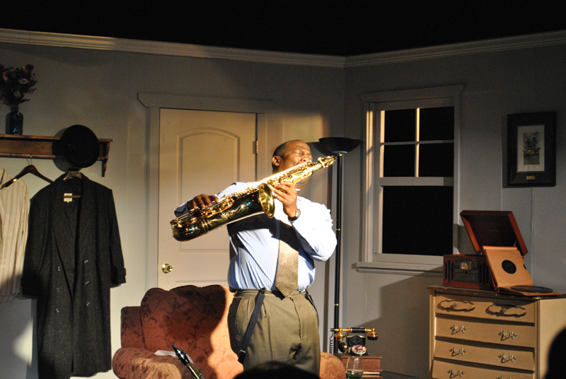 "Leslie A. Jones is legendary jazz saxophonist Lester Young in Willard Manus's ""Prez"" (photo by James Esposito)"