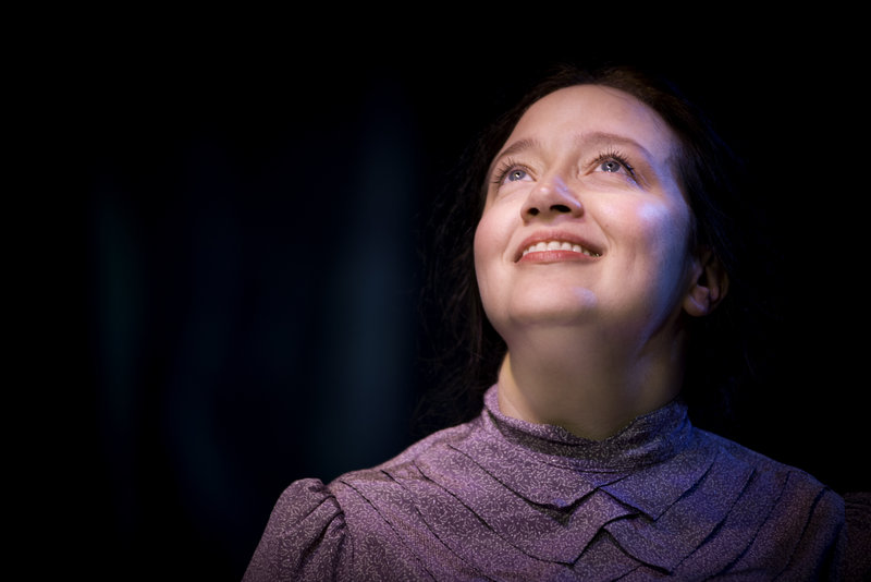 """Ginna Carter in Eccentricities of a Nightingale"""" at Pacific Resident Theater (photo by Vitor Martins)"""