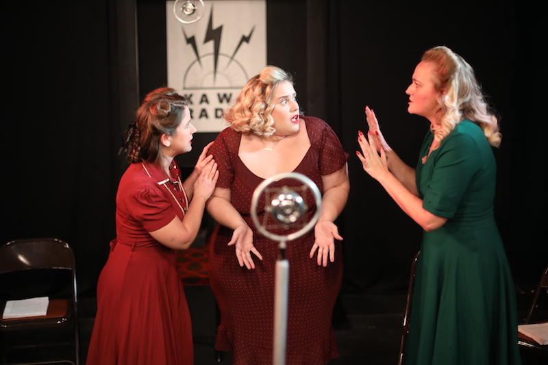 Corrine Glazer, Theresa Stroll, Jessica J'amie in It's a Wonderful Life: The Radio Play at Theatre Unleashed. (Photo by SoCal Studios)